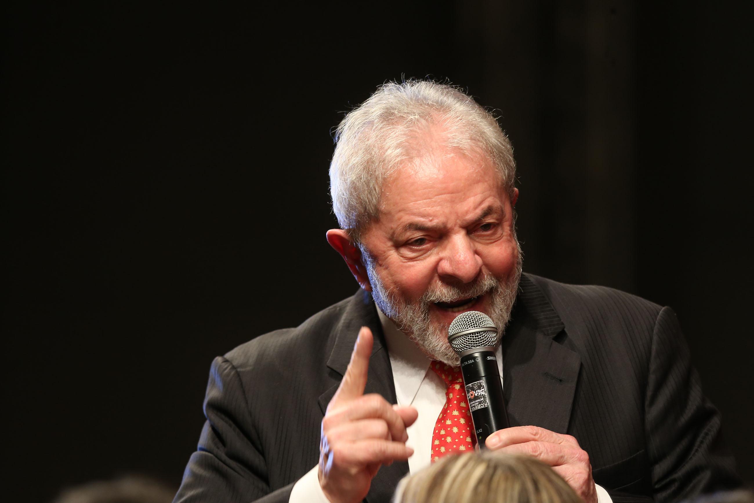 Juiz aceita denúncia, e Lula vira réu na Zelotes por corrupção passiva